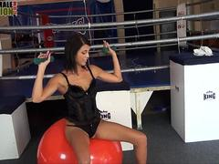 Fethis clothed domme smothers