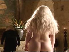 Emilia Clarke Bathing Then Fucking - Game Of Thrones (sex scene)