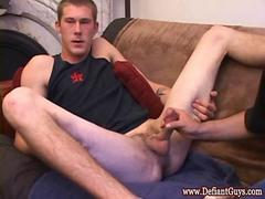 Amateur straight dude gets his tight bum dildoed