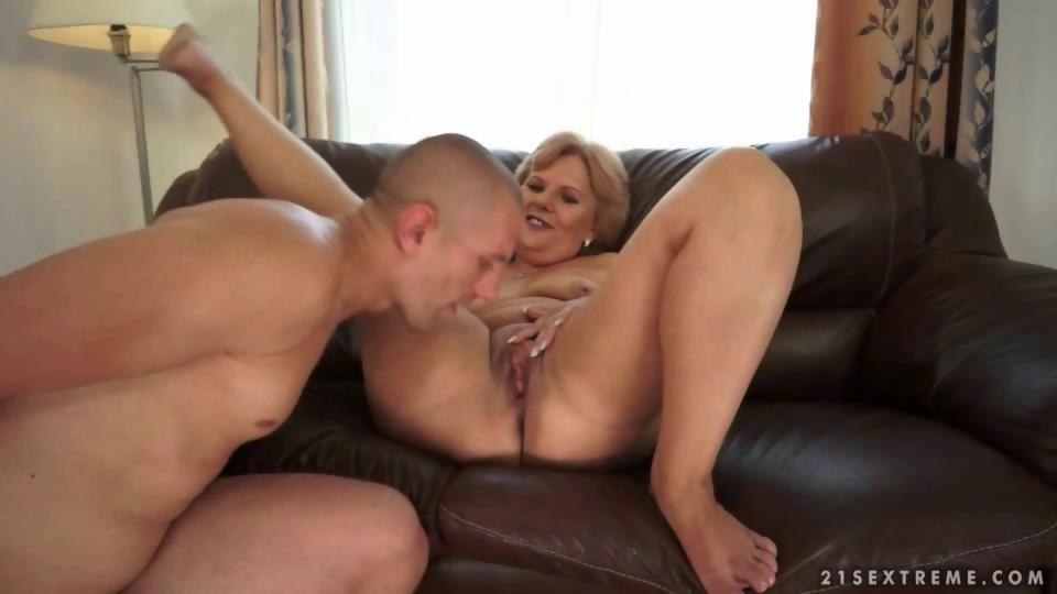 Granny sex mature