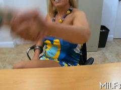 sticking a wet pussy deep in the deep hole pov