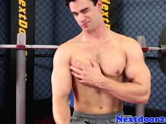 Solo stud working out before jerking off