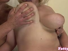 Throating fatty dickriding reversecowgirl