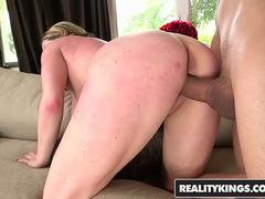 RealityKings - Big Naturals - Bruno Dickenz Maggie Green - All About Maggie