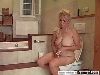 Video 357449002: pee facial, peeing blowjob, amateur pee, mature pee, horny young pussy, horny young lover, bathroom sex, lingerie facial, fucking