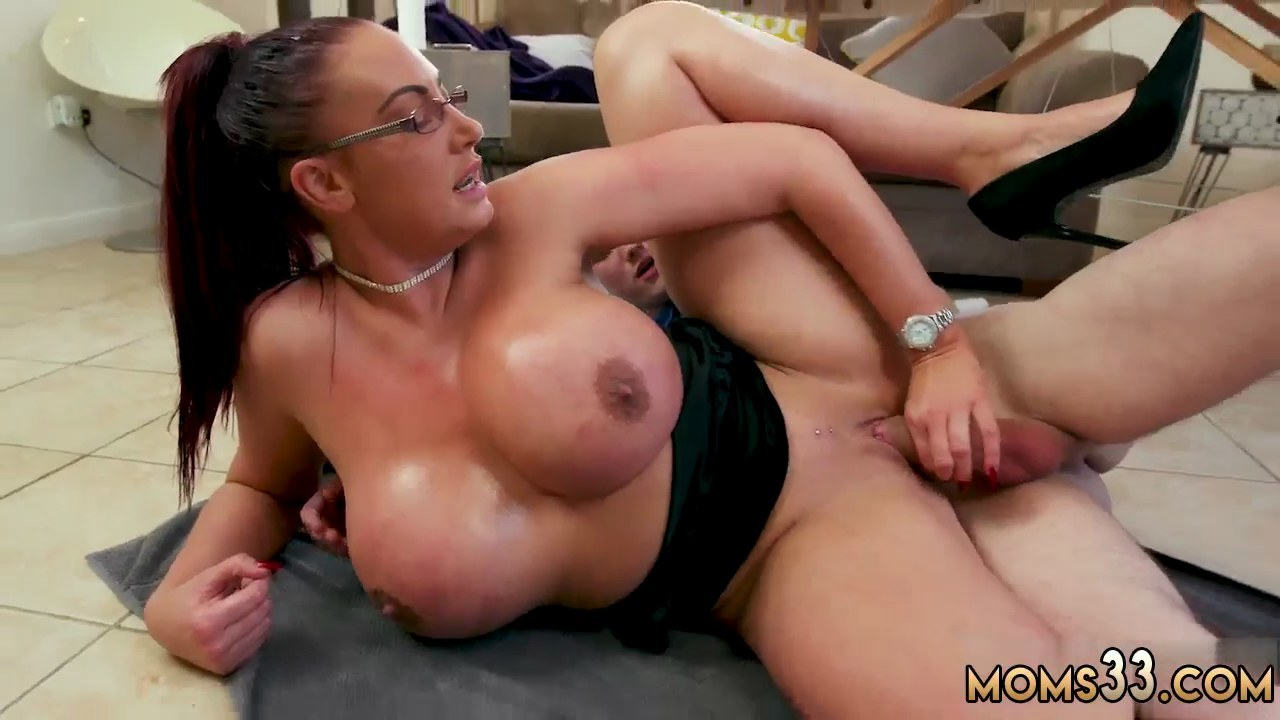 Dirty Talk Milf Blowjob