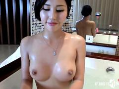 Juicy homemade sex videos with Asian chicks.