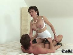 Unfaithful british milf lady sonia displays her enormous breasts