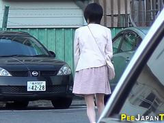Classy japanese babes pee