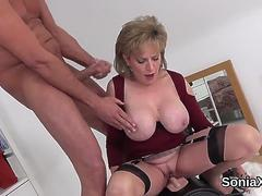 Adulterous british milf lady sonia shows off her gigantic breasts