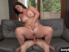 Mature woman Montse Swinger pounded by a young stud