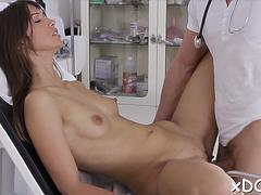 Cock gets sucked with passion by awesome bimbo susan ayn