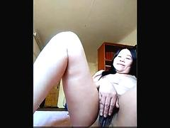Showing my hairy and mature chinese pussy
